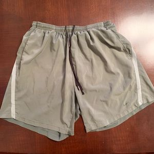 Nike Dri Fit Runner Pocket Shorts Sz L
